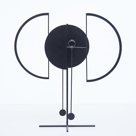 Arnulf-Hoffmann-pendel-objekt-kinetisch-schwarz