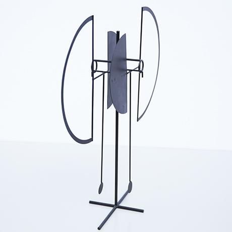 Arnulf-Hoffmann-pendulum-object-round