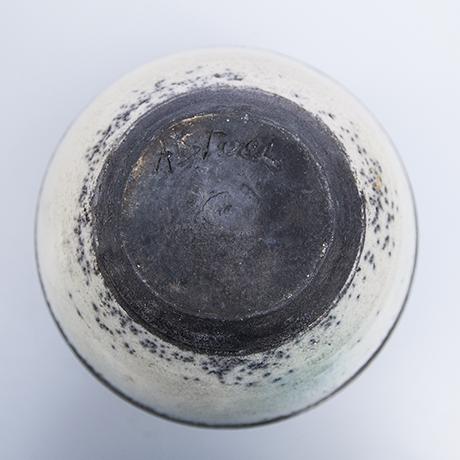 Eric-Astoul-vase-ceramic-round