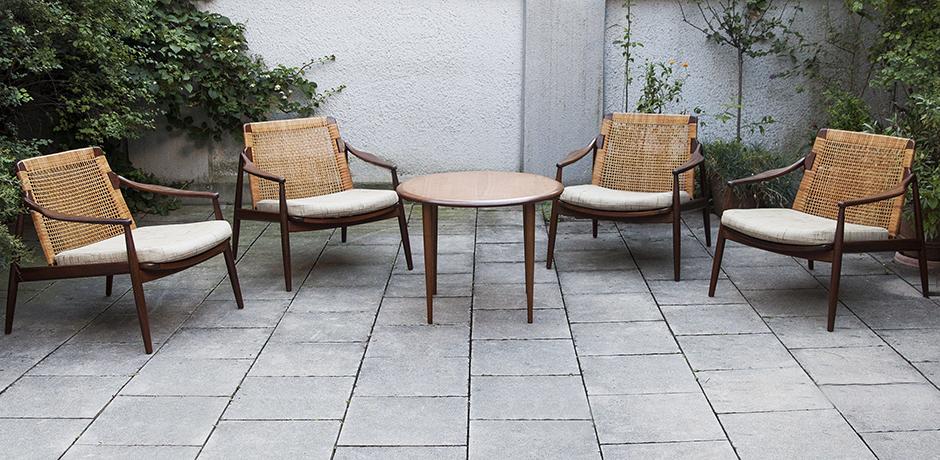Schlichtes DesignBast-Lochmeyer-chairs-table-teak