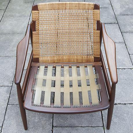 Lochmeyer-chairs-table-Wilkhahn-teak