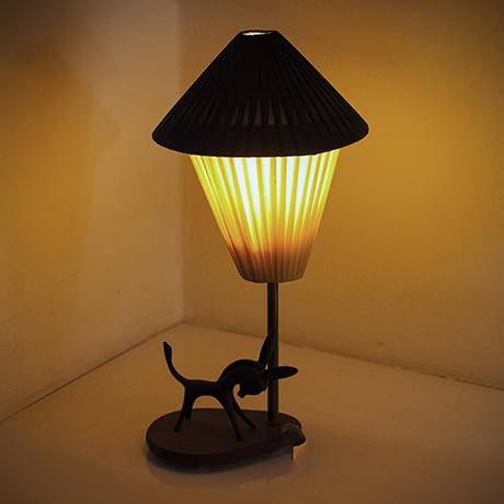 Bosse-table-lamp-donkey-brass