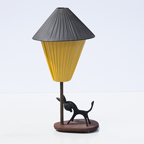 Bosse-table-lamp-donkey-yellow-brass