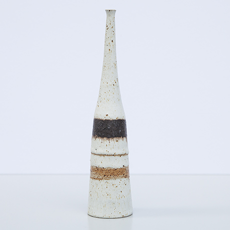 Bruno-Gambone-ceramic-vase-greige-stripes_2