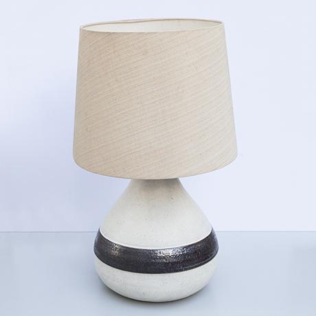 Bruno-Gambone-Tischlampe-braun-keramik