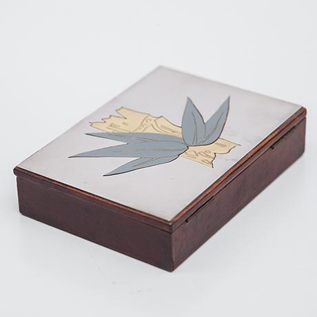 Christian-Dior-design-Kartenspiel-silber
