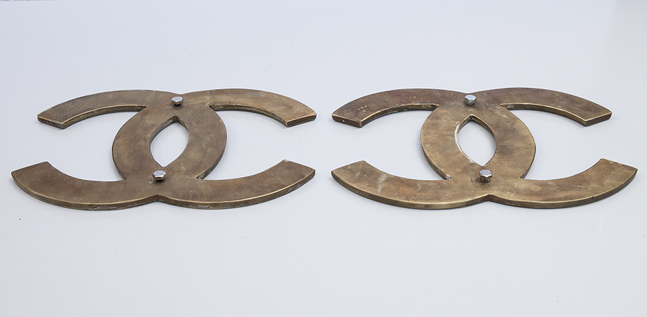 Coco-Chanel-door-handles-brass_3