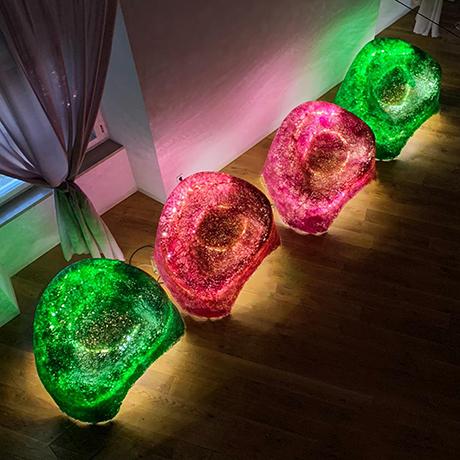 Foggini-sessel-beleuchtet-moebel-bunt