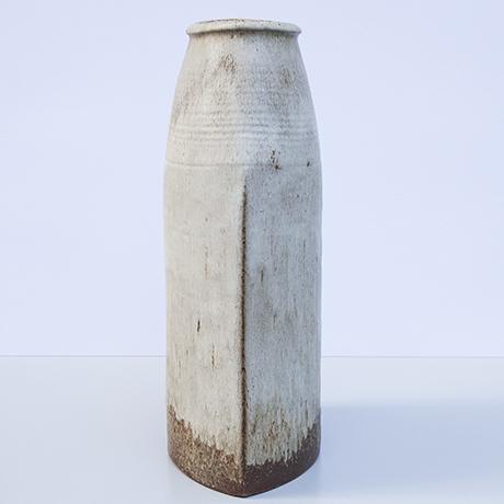 Kuch-monumental-vase-ceramic-brown
