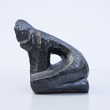 Schäffenacker-keramuk-menschen-skulptur-schwarz