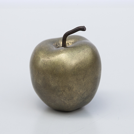 apple-bronze-object-france