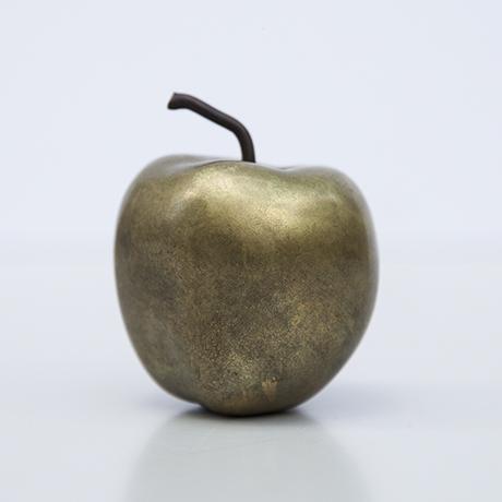 apfel-bronze-objekt-skulptur