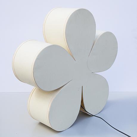 table-lamp-flower-white-italy
