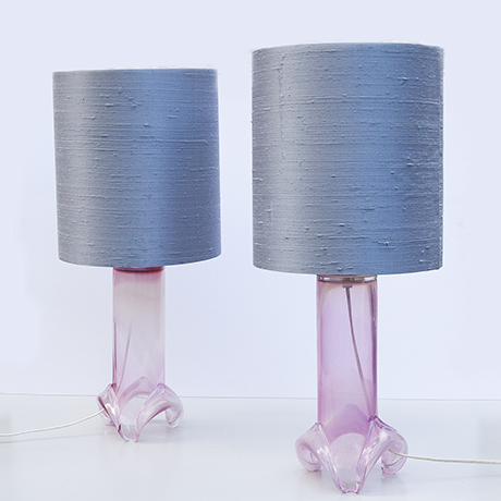 Ahus-table-lamp-purple_2