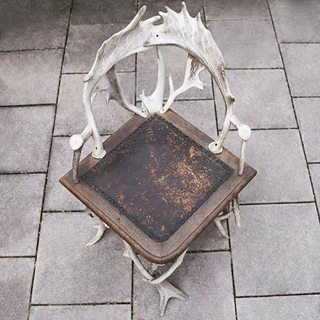 Antler-chair-leather-oak-wooden-vintage