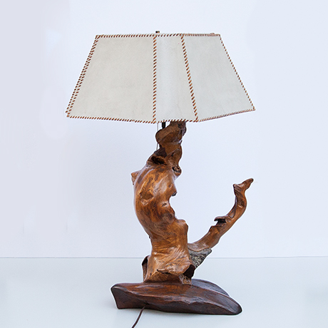 Arts-Craft-table-lamp-white-leather