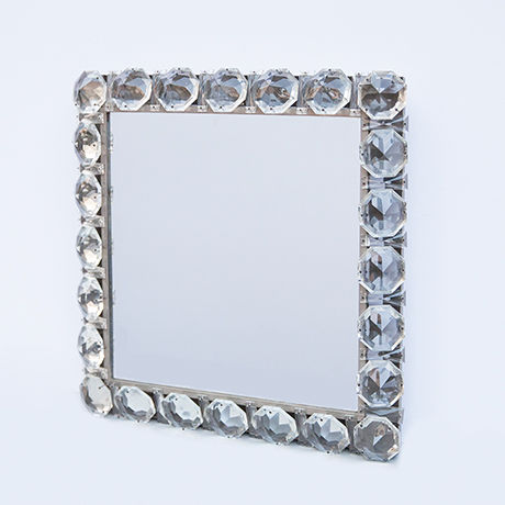 Bakalowits-Backlit-wall-mirror-glass