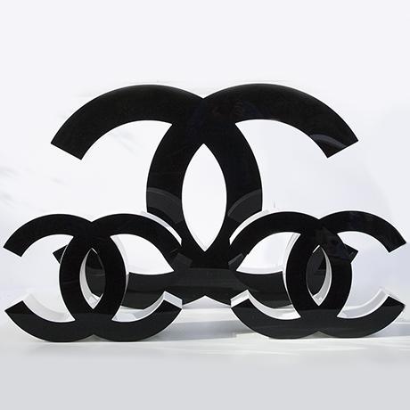 Coco-Chanel-buchstabe-schwarz-weiss-leuchter