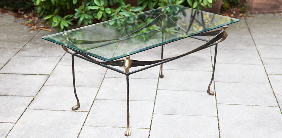Giacometti-coffee-table-lion-iron-glass