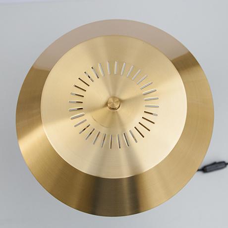 Hammerborg-table-lamp-brass-interior