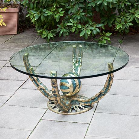 Henri-Fernandez-coffee-table-glass-octopus