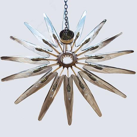 Ingrand-Dahlia-chandelier-glass-brass
