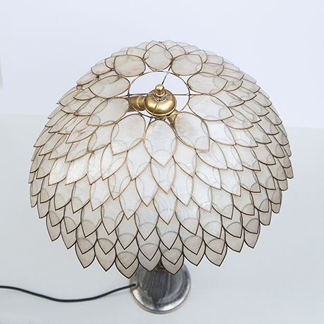 Mother-of-pearls-table-lamp-bird