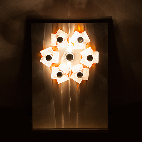 Poliarte-wall-light-glass-sculpture