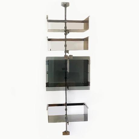 Vittorio-Introini-shelves-Saporiti-steel