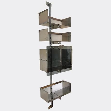 Vittorio-Introini-shelves-Saporiti-glass