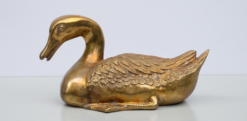 duck-figure-sculpture-brass-golden