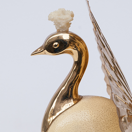 Gabriella-Crespi-bird-sculpture-golden
