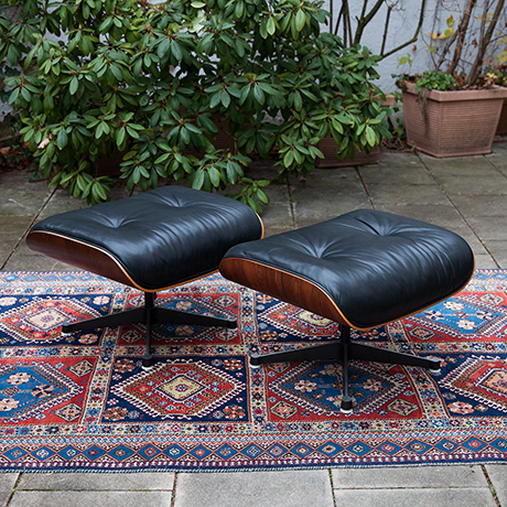 Eames-sessel-hocker-leder-schwarz-holz
