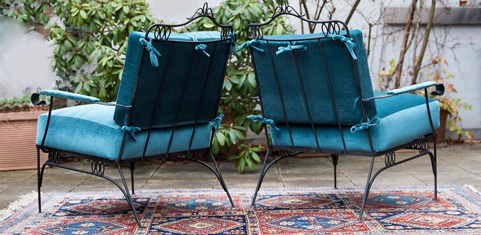Easy-chairs-blue-velvet-iron-base