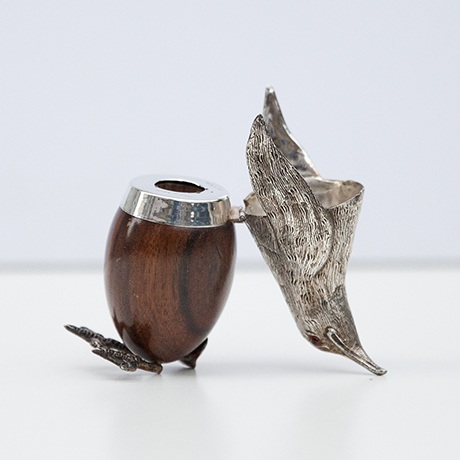 Gabriella-Crespi-pinguin-behaelter-box-silber