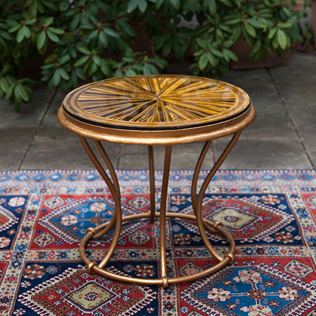 Schlichtes Designtiger-eye-side-table-round