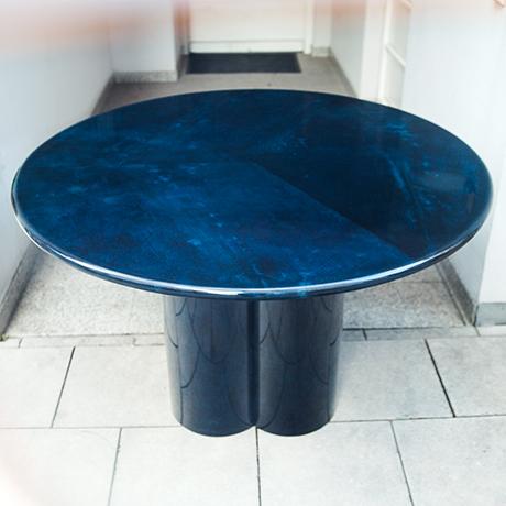 Aldo-Tura-dining-table-blue-round