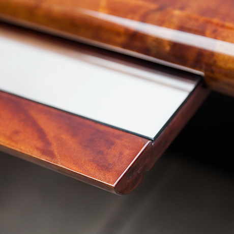 Aldo-Tura-tisch-braun-spiegel-glasboeden