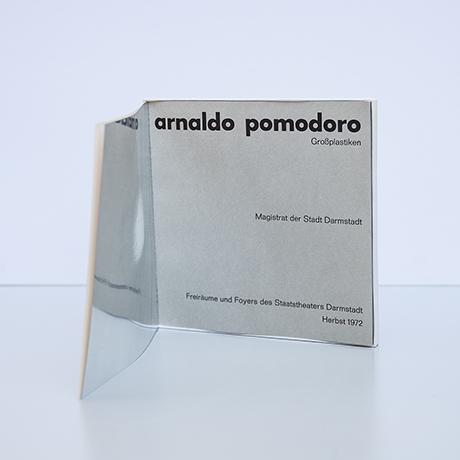 Arnaldo-Pomodoro-book-object-art-exhibition