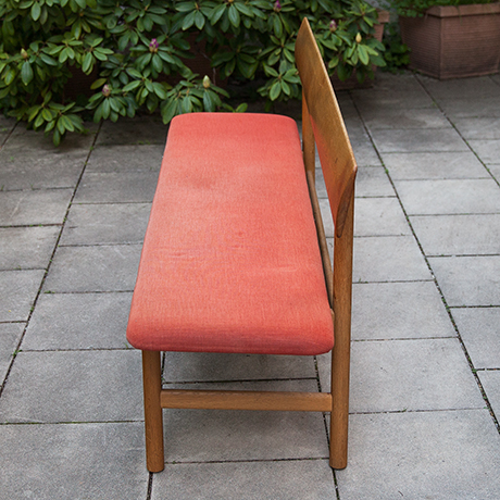 Borge-Mogensen-Oak-Dining-Chairs-bench-red_5