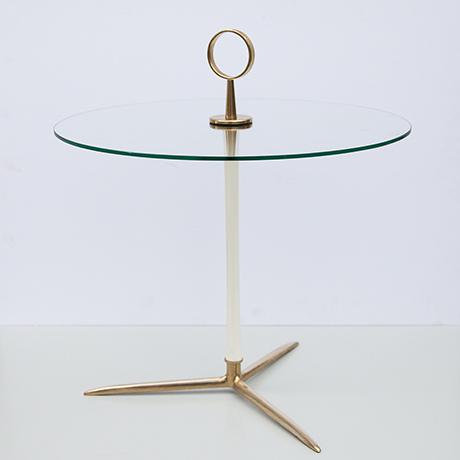 Schlichtes DesignCesare-Lacca-tripod-serving-table-glass