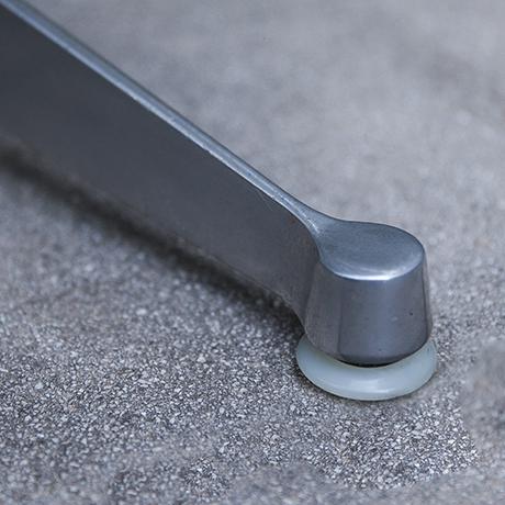 Charles-Eames-Stuhl-Drehstuhl-creme-fiberglas