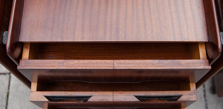 Gianfranco-Frattini-nightstands-wooden