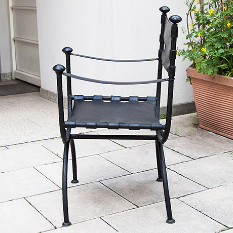 Hollywood-Regency-chair-black-leather-iron