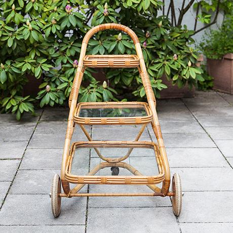 Barwagen-bambus-rattan-Glaseinlagen