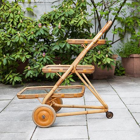 bar-cart-bamboo-rattan-serving-tray