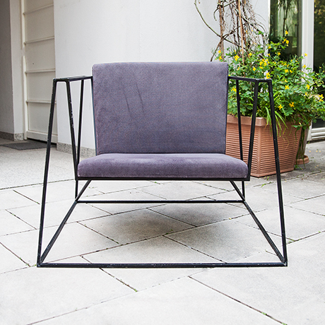 chair-cubistic-black-iron-purple