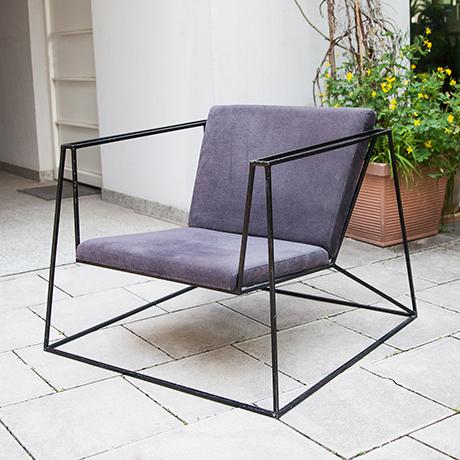 Sessel-kubistisch-schwarz-lila