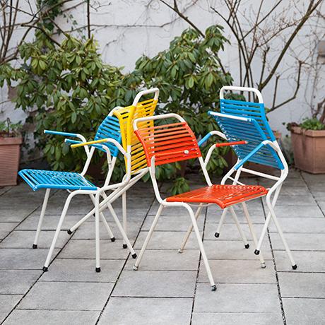 Klappstuehle-Stuhl-gelb-blau-rot-Arnold